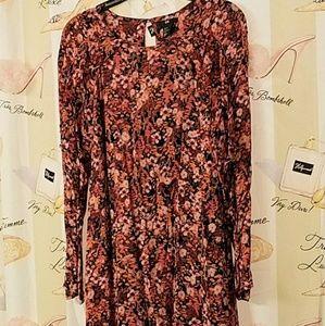 H & M  RUFFLED DRESS,  6